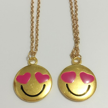 2pcs Emoji Smile Face Large LOVESTRUCK Love Choker Necklace 22*27mm Gold Color Rose Red Enamel Heart Eyes Double Face Necklace