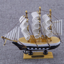 Desk Furnishing Articles Wood Sailboat Decoration Gift Folk Art Style1 Piece