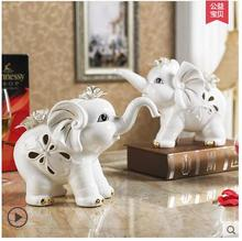 Europe white ceramic lucky elephant home decor crafts room wedding decoration vintage ornament porcelain animal figurines gifts