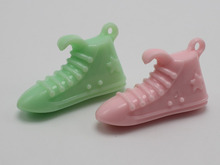 10 Mixed Pastel Color Acrylic Large Sport Shoe Charm Pendants 38mm Kids Craft(China)