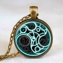 New UK movie doctor who time lord Steampunk Necklace 1pcs/lot bronze / silver Glass mens Pendant chain iron man vintage 2017 usa