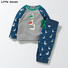 Little maven children's clothing sets 2017 autumn boy terry contrast color long sleeve Knitted duck thick t shirt + pants 20154