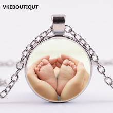 Hot! 2017 New Baby Feet in Mother Heart Hands Photo Pendant Necklace Birthday Gifts
