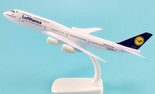 20CM Lufthansa Airplane Aircraft Model B747 Airline Aeroplan Diecast Model Collection Decor Gift Toys For Children