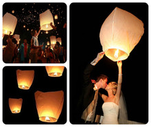 5pcs/lot 100% biodegradable paper sky flying lanterns on a bamboo frame preattach fuel wedding/party decorations free shipping(China)