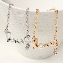 N059 Latest Fashion Gently Around A Heart Of Love Chic Sweet Couple Necklace Jewelry Factory Direct