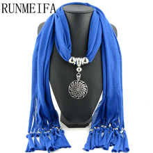 [RUNMEIFA]   2017 New Fashion Winter Warm Scarf Women Charms Scarf Alloy Pendant Jewelry Scarves Necklace Scarf