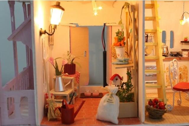 13007 DIY doll house gift (4)