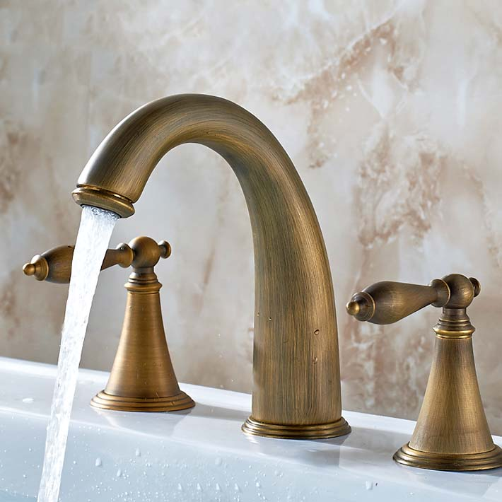 Classic antique brass copper 8 widespread dual holder three hole  bathroom  basin sink  faucet mixer tap torneira banheiro<br><br>Aliexpress