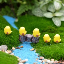 Cute 5/10 Pcs DIY Home Desktop Micro Moss Landscape Decorations Mini Yellow Chicken Crafts Fairy Garden Miniatures(China)
