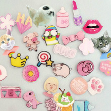 1 PCS Pink Series No.2 Icon Badges for Clothing Acrylic Badges Backpack Decoration Cartoon Icons on The Pin Badge(China)