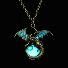 Retro Dragon Glow in the Dark necklace Jewelry League of legends Ancient Dragon Pendants & Necklaces Mens Punk Dragon Necklace