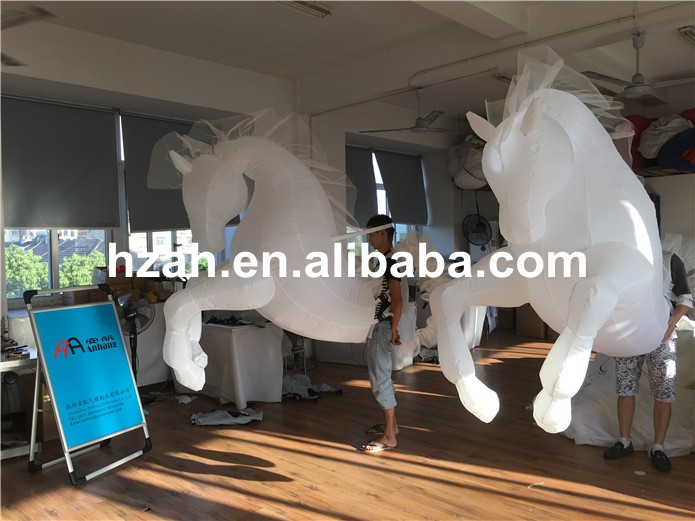 inflatable horse (8)