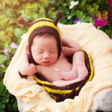 Newborn Baby Boy Girl Photography Crochet Outfits Props Costume Infant Unisex Baby Cute Family Picture Photo Shoot Props Clothes(China)
