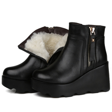 2017 Winter Women Snow Boots Black Genuine Leather Ankle Boots Sheep Fur Insole 9 CM Wedge Heel Warm Shoes Women Motorcycle Boot