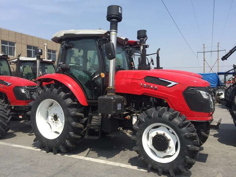 130hp 4wd tractor  (14)