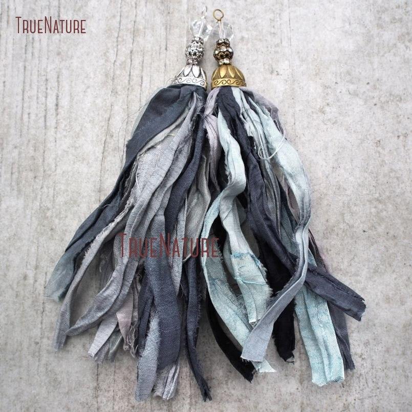 20180303-PM10556- Gray Shades Sari Silk Tassel Pendant
