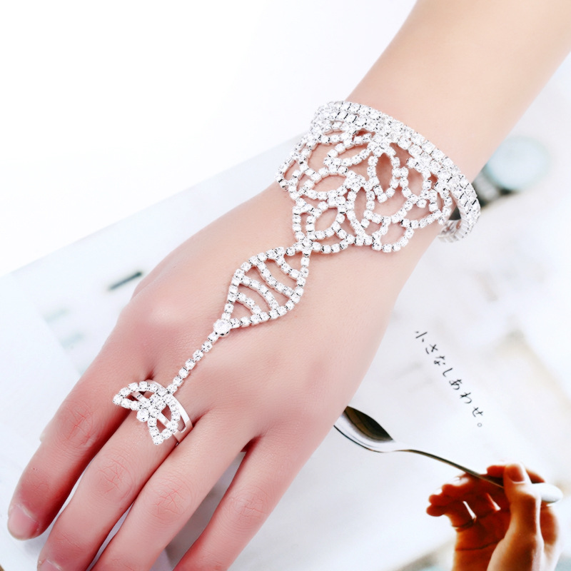 Slave Chain Link Bracelets for Women Crystal Hand Harness Finger Bangles Engagement Wedding Party Jewelry
