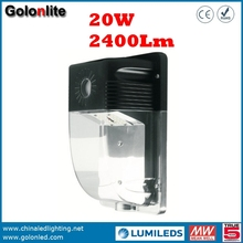 China golden supplier Hot sell 120-277V photocell sensor wall mounting 120Lm/W 2400Lm 20W LED wall pack lighting