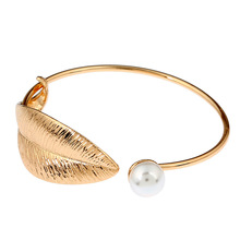 Gold / Silver Color Alloy Bracelets & Cuff Bangles for Women Vintage Simulated Pearl Leaf Bangles Wedding Jewelry