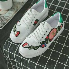 Fashion Rose Flowers Embroidery Flats Shoes Comfortable Lace-up Round Toe Casual Shoes All-match Style For Women Daily Wear(China)