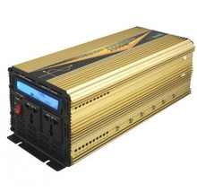 LCD digital display 4000w peak power 12vdc 220vac 50hz 2000w pure sine wave power inverter with UPS charge battery function(China)