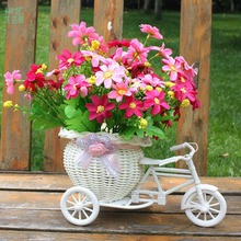 White Plastic Tricycle Bike Design Artificial Dried Flower Basket Container Flower Plant Home Weddding Decoration Camera Props