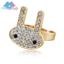 2017 Limited Rings Anillos Wholesales color Imported Austrian Crystal Fashion Jewelry The Rabbit Rings 2584(China)