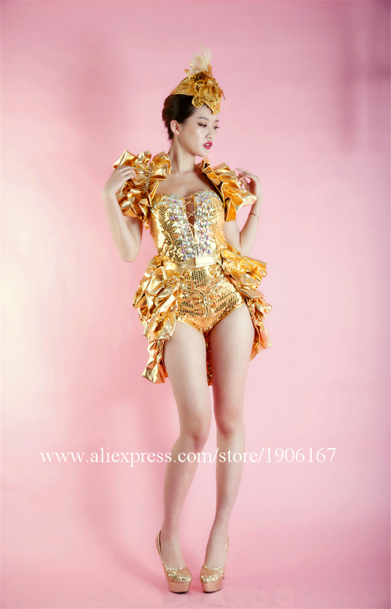 Nightclub female singer costume concert model studio theme party stage installation7
