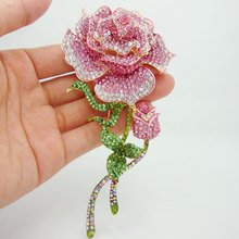 3 Color Free shipping Fashion Jewelry Beautiful Rose Bud Pink Rhinestone Crystal Brooch Pin For Woman 4752(China)