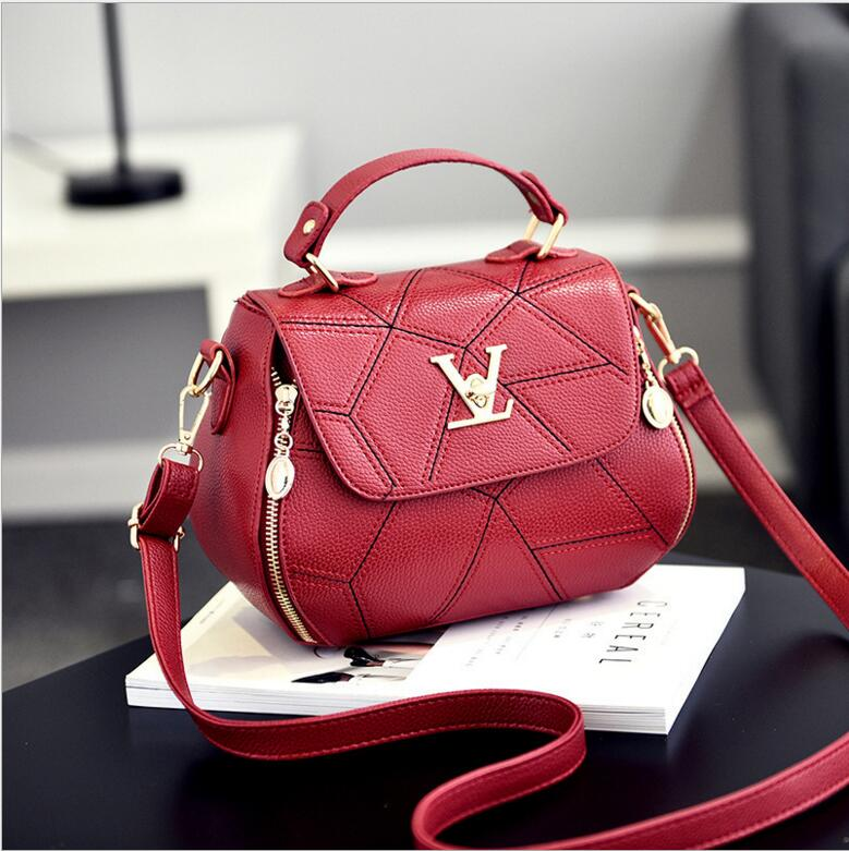 Women handbags Diamond lattice design single shoulder bag Women leather handbags Women inclined shoulder bag <br>