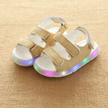 Children Sandals Boys Girls Sport Sandals Summer Light LED Child Baby Beach Sandals Kids Anti-slip Boy Girl Leather Shoes 2017(China)