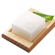 Aloe vera essential oil soap snail liquid handmade soap for male female cleansing face acne oil control whitening bath soap #840(China)