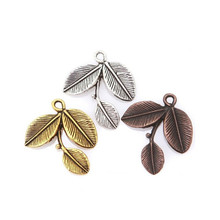 20pcs/lot Leaf Shape Charms Pendents 23x27mm Alloy Charm for DIY Jewelry Making Findings Accessories Antique Silver/Gold/Copper(China)
