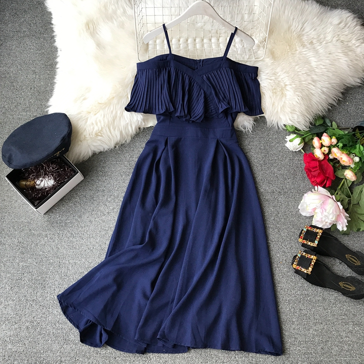 2019 Spring Women Chiffon Pleated Braces Sling Spaghetti Strap Goffer Long Dress Ladies Ruffles Empire Drapped Swing Slip Dress 162