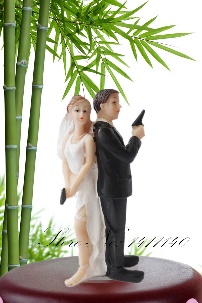 Bond Moive Themed Funny Cake Topper Bride & Groom Wedding Cake Topper Secret Agent Cake Topper wedding gift favor free shipping(China (Mainland))