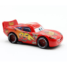 Disney Pixar Cars Diecast No.95 Rust.Eze Lightning McQueen Metal Toys Car For Children 1:55 Loose Brand New In Stock