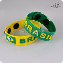 60pcs/lot 2014 Brazil World Cup Soccer Football Fans Bracelets Brazilian Flag Wristband Rubber Fashion Jewelry Wholesale
