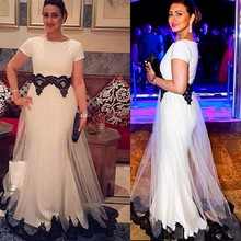 White and Black Lace Applique  Arabic Evening Dresses 2017 Special Occasion Gown O Neck Short Skeeves Floo Length Prom Dress