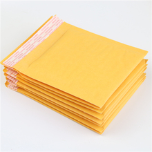 10 Pcs / Pack, 130*130mm Yellow Kraft Bubble Mallrrs Mailng Envelope Bags Bubble Mailers Padded Envelopes Bags