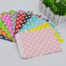 25Pcs/lot Spotted Candy Bags White Dots Paper Bag 13cmx18cm Food Popcorn Bag For Wedding Birthday Party Decoration Baby Shower