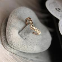 New fashion jewelry Unique Design Concise Simple Style Rhinestone Crystal V-shaped Tail Ring(China)