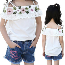 2017 Summer Cotton Blouses Little Girls Shirts Off Shoulder Cute White Shirt Kids Top Children Clothes Toddler Children's Blouse