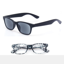 Reading Glasses Quality Fashion Men and Women Eyewears Spring Hinge Plastic Clear Gray Lens Eyeglasses Includes Sun Readers