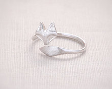 Jisensp Fashion Fox's Head Ring Cute Animal Open Fox Ring for Women Party Gift Simple Lovely Ring Fox Wedding Gifts R017(China)