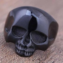 2016 New Stainless Steel Black Plated Skull Head Finger Rings For Men Gothic Punk Style Fashion Biker Jewelry Top Quality (A573)