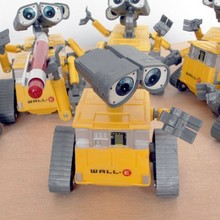 2016 Popular toy car Good toy Cheaper Free shipping! Hot sale Wall-E Toys Robot 12cm WALL.E opp package For Baby Gifts