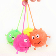 24pcs/lot 7colors Flashing Puffer Ball Hedgehog Design Creative Toys Funny Smile Face Plaything Colorful Light Extruded Toys
