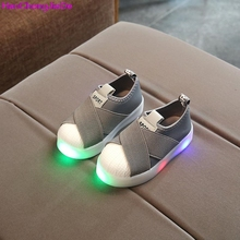 HaoChengJiaDe Kids Shoes With Light Boys Shoes 2018 Children Canvas Sport Led Girls Princess Shoes Baby Boys Sneakers Size 26-30(China)