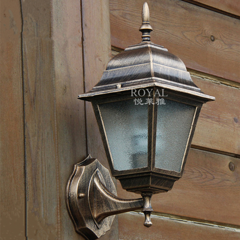 European outdoor / indoor waterproof wall lamps  220v E27 villa decorated wall lamp  aluminum and glass up down outdoor lighting<br>